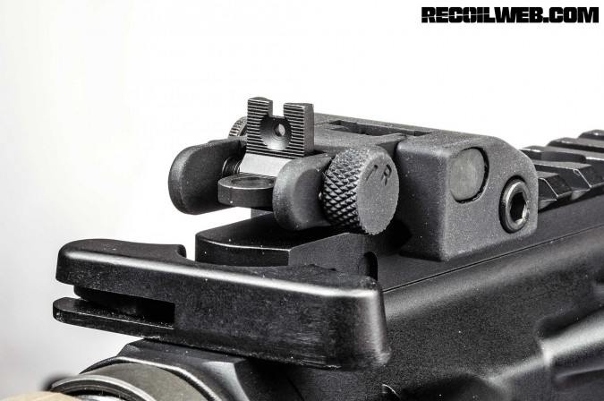 back-up-iron-sights-buyers-guide-wilson-combat-quick-detach-sight-set-003