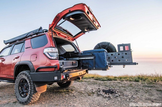 2015-toyota-4runner-trd-pro-tembotusk-loadspotter-levitating-fridge-slider