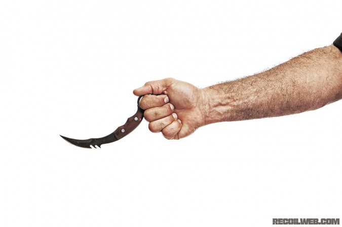 history-and-evolution-of-the-karambit-extended-grip