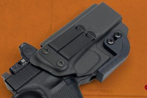 New Metal FOMI Style Clip From Discreet Carry Concepts
